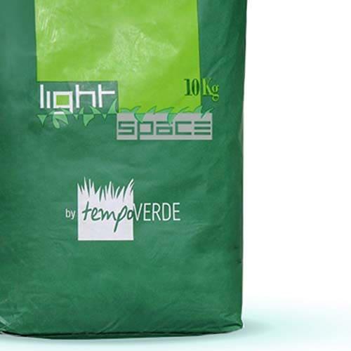 Light Space è una miscela dotata di grande velocità di impianto e di adattamento alle diverse condizioni