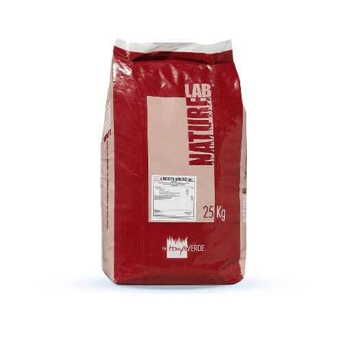 NatureLab Roots Micro 11-15-15 favorisce una buona colorazione del tappeto erboso