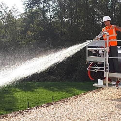 Terrabalance ® assorbe e conserva una riserva d'acqua nelle vicinanze delle radici.